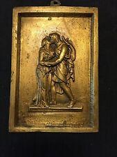 plaque medaillon bronze a l'antique le baiser