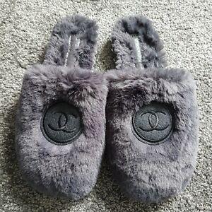 Women's slippers size 37, UK 4, NEW