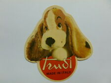 VECCHIO ADESIVO / Old Sticker PELUCHES TRUDI CANE DOG (cm 11 x 12) d