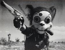 ODD BIZARRE STRANGE WEIRD CREEPY CRAZY FREAKY Clown With Gun VINTAGE PIC