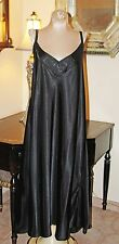 GORGEOUS BLACK SILKY SATIN SENSUAL CACIQUE LONG GOWN  / 22/24