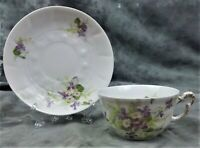 VINTAGE COLLECTIBLE LIMOGES FRANCE TEACUP AND SAUCER VERY DAINTY AND PRETTY!