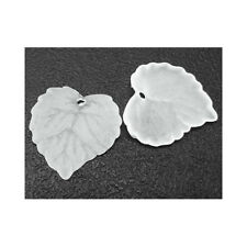 Packet 50 White Lucite 15 X 16mm Leaf Beads HA26340