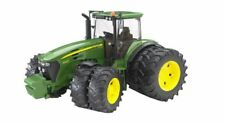 Bruder John Deere 7930 Traktor mit Zwillingsbereifung Kinder Traktor Spielzeug