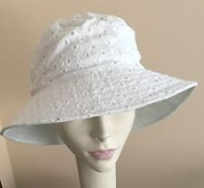 NWT! Betmar DESIGNER Sun Hat WHITE Cotton Fabric LIGHTWEIGHT Reversable
