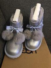 UGG UGGs Silber Gita Metallic Baby Schuhe Lammfell 27,5 27 Winterstiefel Neu