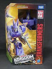 Transformers Generation War for Cybertron Kingdom Trilogy CYCLONUS Voyager