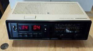 Ancien Radio réveil Grundig Sono Clock 350  space age