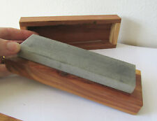 "Smith's ""The Symbol of Sharpening"" Medium Arkansas Whetstone bench stone in box"
