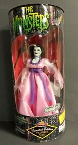 MUNSTERS LILY LTD EDITION COLLECTOR'S SERIES DOLL EXCLUSIVE TOYS 1997