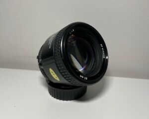 Nikon Nikkor 85mm F1.8 AF Lens - Like New
