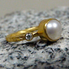 Handmade Hammered Pearl With Topaz Ring Yellow Gold over 925K Sterling Silver