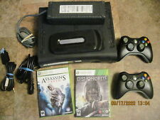 Very Nice 120Gb Xbox 360 W/ Dishonored & Assassin'S W/ 2 Controllers, Av & Ac