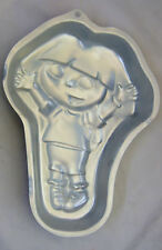 Dora the Explorer Cake Pan from Wilton #6300 - Clearance