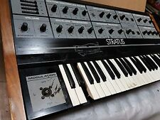CRUMAR STRATUS SYNTHESIZER - CEM 3310 / 3320 / 3330 CHIPS