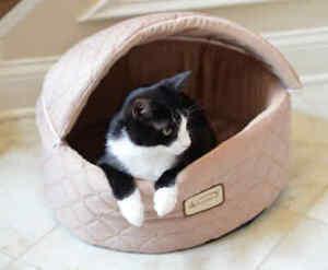 Armarkat Hooded Cat Kitten Pet Bed Light Apricot SMALL