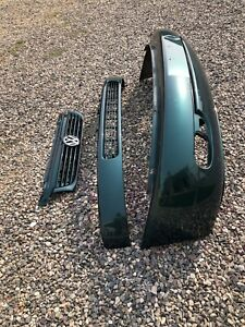 ** WILL NOT SHIP** 2001 VW Eurovan Front Bumper
