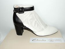 CLARKS 'BLISSFUL CHARM' BLACK AND WHITE LEATHER SHOES. E FITING. BNIB