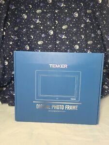 TENKER PF0072 HD Digital Remote Control Photo Frame Black