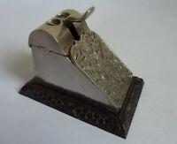 Tisch Zigarrenabschneider Eisenguss wohl Lauchhammer mit edlem Wappen um 1900