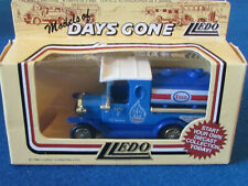 LLEDO DAYS GONE DIECAST FIGURE - ESSO - Ford Tanker - DG08000a