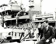 JOHN F. KENNEDY NEXT TO THE U.S.S. SAUFLEY IN 1962 - 8X10 PHOTO (ZY-132)