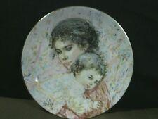 "Exquisite Royal Doulton Collectors Edna Hibel""Marilyn & Child""Plate,1976,Eng land"