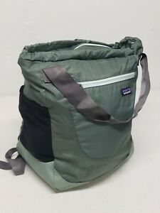 NWT Patagonia LW Travel Tote Backpack Green NEW WITH TAGS LIGHTWEIGHT