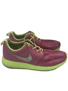 Nike Rosherun (GS) Big Kids Sneakers Volt/Metallic Silver 599729-501 Youth Sz 7