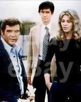 The Six Million Dollar Man (TV) Lee Majors, Lindsay Wagner 10x8 Photo