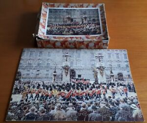 VINTAGE VICTORY WOODEN JIGSAW PUZZLE 'Changing of the Guard', Complete Boxed