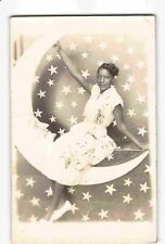 ST2287: LOVELY LADY POSES WITH PAPER MOON, Vintage RPPC style /postcard style