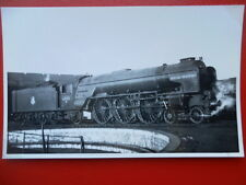 PHOTO  LNER PEPPERCORN CLASS A1 4-6-2 LOCO 60135 MADGE WILDFIRE