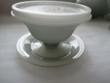 VTG Tupperware Set of 6 Gray Pudding /Jello Dessert Cups  with Lids Top