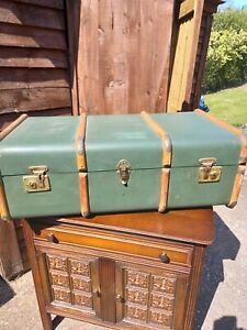 Large Vintage Chest Trunk Case Steamer Banded Shipping Coffee Table