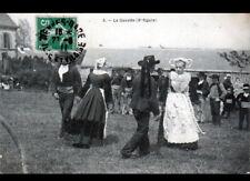 RENNES (35) DANSE costumée de MARIAGE / La GAVOTTE en 1911