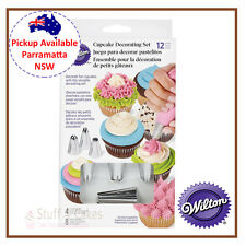 WILTON DECORATING 12 PIECE CUPCAKE CAKE TIP PIPING SET KIT & DISPOSABLE BAGS