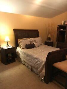 pier one bedroom furnitire