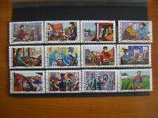 Série complète Tous engagés 2020 , 12 timbres