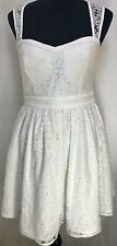 Minuet Sexy Sleeveless Flared Lace Dress in Size M in White with Lining