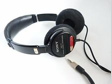 SONY MDR-V3 STUDIO MONITOR SERIES HEADPHONES - 5RAI
