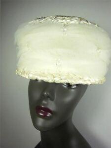 Vintage Hat 1960s Designer  Woven Straw Roberta Bernays Cloche Cream Tulle