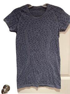 Lululemon Swiftly Top, Size 6 - Heathered blue