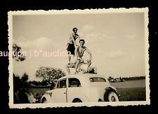 Torse Men 's Crazy Gym on car roof 50s photo gay int