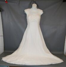 Stone Ferris Sterling Size 4 Ivory Beaded Wedding Gown