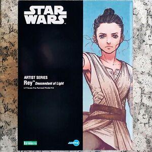 REY Descendant of Light Star Wars The Force Awakens ARTFX Artist Series Statue
