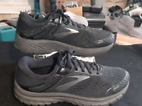 Brooks Mens Adrenaline GTS 18 Black Running Shoes Size 9.5 4E extra wide
