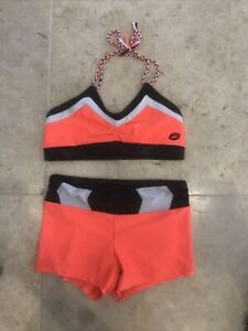 girls california kisses dance outfit top and bottoms size child XL🖤🤍🧡