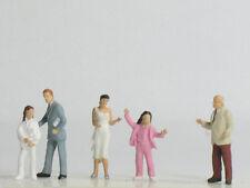Vollmer 2325, H0 Figurines Kit de montage, Vendeur voitures avec Clients, 1:87
