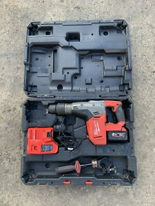 Milwaukee M18 CHM-902C SDS-Max 5kg Drilling And Breaking Hammer With Case